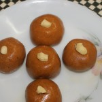 Besan ke ladoo or laddu recipe – Easy to make Indian deepavali/diwali sweet