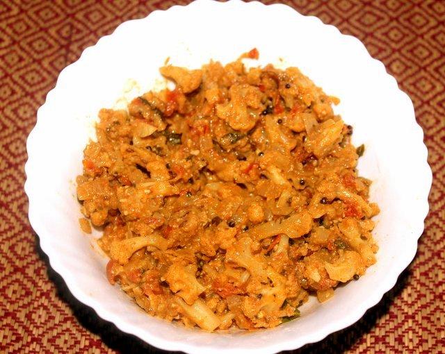 gobhi masala-001