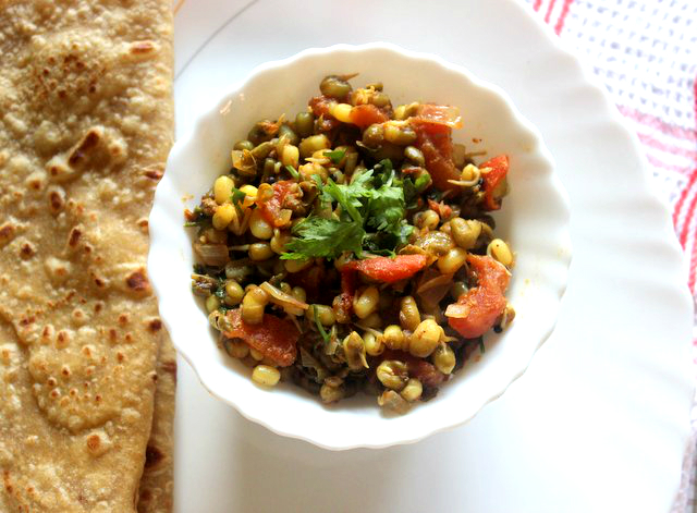 sprouted moong subzi