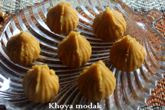 khoya modak3